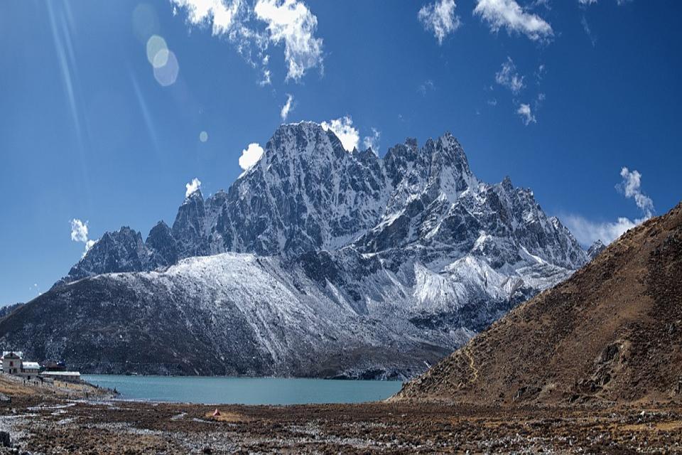 Cho La Pass Trek